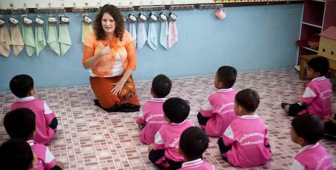 teach in the overseas