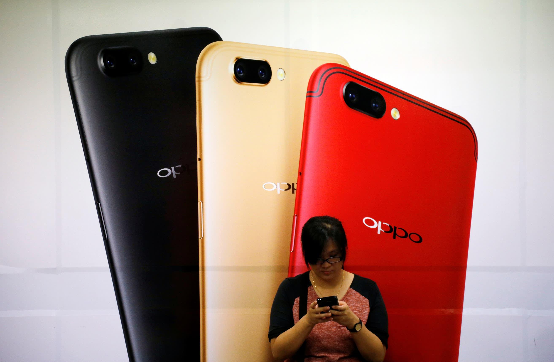 中国手机畅销国外 Chinese Smart Phones Are Popular In Foreign Countries