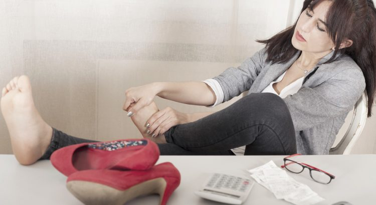 Japanese women rebel against high heels