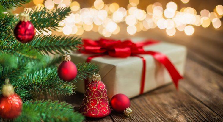 英語口语情景对话:Commercial Christmas 商业聖誕