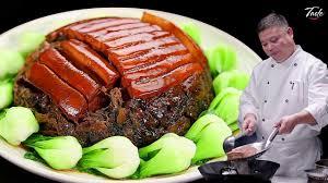 As Lunar New Year Holiday Nears, Less Pork in China 春节渐近,中国的猪肉却越来越少