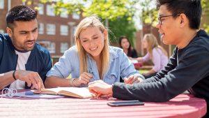 我们应该从大学里面学习什么 What Should We Learn From University