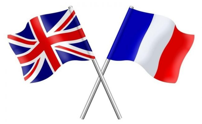 English language is greatly influenced by French 英语受法语影响很大